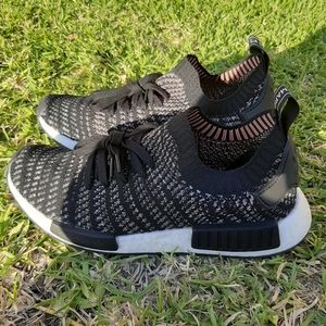 (Adidas nmd R1 STLT) stealth pack core black